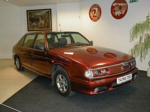 tatra700-1996-.jpg
